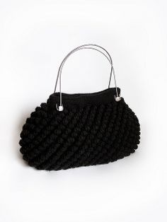 Crochet black purse by Le monde de Fifi, via Flickr