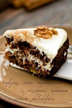 My favourite recipe for homemade carrot cake! Homemade Carrot Cake, Best Carrot Cake, Polish Desserts, Polish Recipes, Baking Recipes, Cake Recipes, Delicious Desserts, Yummy Food, Pastry And Bakery