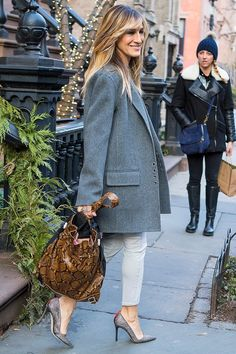 Sarah Jessica Parker in a gray coat, skinny pants and pumps - click through for more!