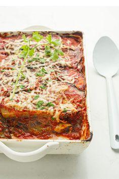 Vegetable Sides, Vegetable Recipes, Confort Food, 30 Minute Meals, Italian Dishes, Quick Easy Meals, Bon Appetit, Eggplant, Lasagna