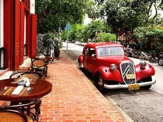 #Laos #Lao #luangprabang #northlao #french #frenchcolonial #vintage #car #vintagecar #rustic #cafe #streets #perfect #beautiful #travelling #travellers #restaurant #insta #instagram #instatravel #keepexploring #explore #world #togetherwewillseetheworld @chriswest1204 by thestuffhollyloves