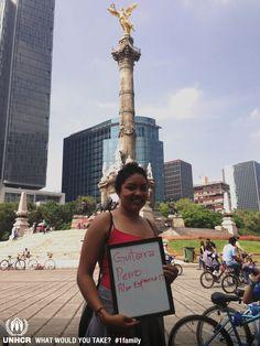 Si tuviera que huir me llevaría mi guitarra y a mi perro.    - Pilar from México   - Visit 1family: http://www.unhcr.org/1family