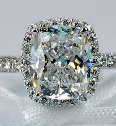 1.6 carats Cushion cut moissanite diamond Wedding Band / proposal ring / engagment ring - Lovingly Ever After