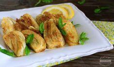 I finocchi al limone rosolati in padella con aglio olio e pangrattato, sono un delizioso contorno da gustare sia caldo che a temperatura ambiente.