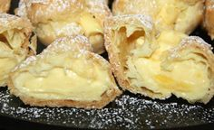 Cream Puffs are a delicious and beautiful dessert that are always a family favorite! More Cream Puff Cream puffs Beautiful Desserts, Köstliche Desserts, Cookies Et Biscuits, Desert Recipes, Sweet Recipes, Simply Recipes, Baking Recipes, The Best, Food To Make
