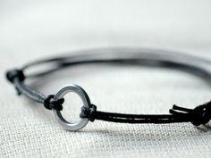 For Him Circle Infinity Bracelet  - Aluminium wire and waxed cotton - Men and Unisex bracelet - Vegan friendly (11.00 EUR) by Kosmika
