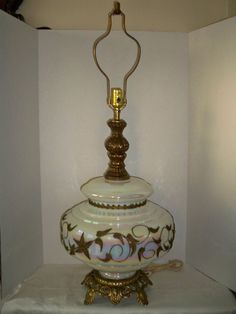 Vtg. FALKENSTEIN Mid Century White Opalescent Art Glass Table Lamp