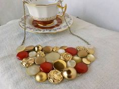 Red gold and pearl Button Necklace. Handmade by BeCenByYoncenia