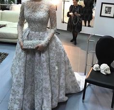 366.2k Followers, 191 Following, 2,224 Posts - See Instagram photos and videos from Muslimah Apparel Things (@muslimahapparelthings) Hijab Evening Dress, Hijab Dress Party, Hijab Wedding Dresses, Wedding Dress Sleeves, Event Dresses, Bridal Dresses, Cute Dresses, Beautiful Dresses, Hijab Fashion Inspiration