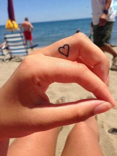 Idee per tatuaggi piccoli e femminili (Foto 3/44) | Stylosophy
