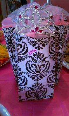 Favor bags for the girls...of course the bride gets a crown:) #PreppyPlanner