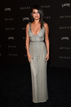 When she showed up looking like this: | 13 Times Selena Gomez Slayed The Red Carpet 1