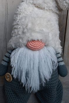 Tomte Thijs CAL2019 - Deel 1 | CuteDutch Christmas Makes, Christmas Gnome, Christmas Knitting, Christmas Stuff, Love Crochet, Crochet Toys, Granny Square Crochet Pattern, Crochet Patterns, Hello December
