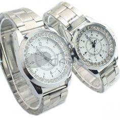 Casal branco relógios de diamantes
