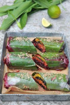 Crazy colorful raw spring rolls lined with Wild Garlic! Raw Wraps, Vegan Wraps, Raw Vegan Recipes, Veggie Recipes, Healthy Recipes, Healthy Cooking, Healthy Eating, Cooking Recipes, Clean Eating