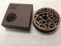 Would like to incorporate printing somehow Laser Art, Laser Cut Wood, Small Woodworking Projects, Diy Wood Projects, Laser Cut Acrylic, Acrylic Box, Cnc Router, Wooden Photo Box, Laser Cutting Service