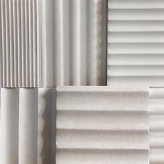 Fluting—the vertical channels on architectural columns—has become a trendy luxe interior finish. Here are standout 10 examples of fluting in the kitchen. Architectural Columns, Interior Architecture, Interior Design, Stone Countertops, Oak Cabinets, Wall Treatments, Flute, Wall Design, Kitchen Islands
