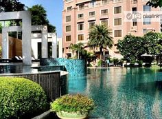 Radisson Blu Plaza is a luxury business #hotel right next to International Airport in #Delhi.