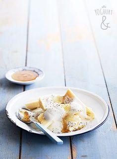 Yoghurt & Banan & Honning & Pepper - Se flere spennende yoghurtvarianter på yoghurt.no - Et inspirasjonsmagasin for yoghurt. Healthy Food, Healthy Recipes, Yogurt, Panna Cotta, Recipies, Honey, Cooking Recipes, Ice Cream, Banana