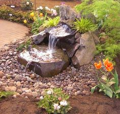 Ideas backyard water feature dry creek bed for 2019 Outdoor Water Features, Water Features In The Garden, Small Water Features, Backyard Water Feature, Ponds Backyard, Backyard Waterfalls, Garden Ponds, Water Falls Garden, Diy Water Feature