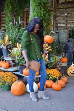 picking pumpkins in my perfect sweater for fall