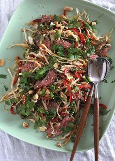 Asiatisk biffsalat med kål