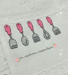 Cross Stitch Boards, Cross Stitch Art, Modern Cross Stitch, Cross Stitch Designs, Cross Stitching, Cross Stitch Patterns, Embroidery Stitches Tutorial, Wool Embroidery, Cross Stitch Embroidery