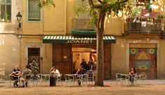 Joanet is located on one of the prettiest squares in La Ribera and has the feel of a real Catalan restaurant in an authentic neighborhood. It is just above Carrer de la Princesa, a bit removed Barcelona Restaurants, Adventure Travel, The Neighbourhood, Spain, Squares, Feelings, Pretty, Onions, Sweet