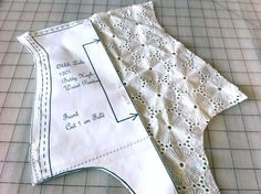 How to Make Panties: A FREE Lingerie Sewing Tutorial - High Cut Underwear - Ideas of High Cut Underwear - Pattern Piece Laying on Cut Piece of Lace Fabric Lingerie Patterns, Sewing Lingerie, Vintage Underwear Pattern, Pin Up Lingerie, Sewing Hacks, Sewing Tutorials, Sewing Crafts, Sewing Tips, Sewing Patterns Free