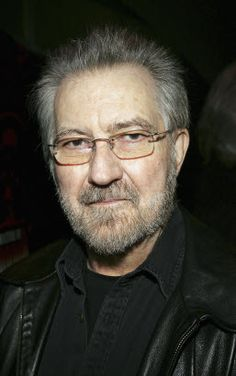 tobe hooper net worth