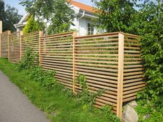 Front Yard Patio, Pergola Patio, Backyard Patio, Backyard Landscaping, Back Gardens, Outdoor Gardens, Garden Fence Panels, Small Patio, Diy Garden Decor