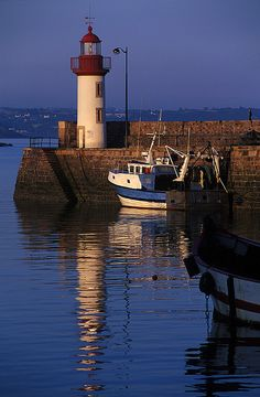 #Lighthouse - Le #phare d'Erquy | Flickr - Photo Sharing…