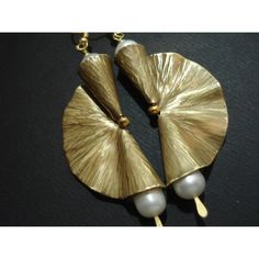 Hammered Bronze Pearls Fan Earrings Antique Face Metalwork Modern... ($49) ❤ liked on Polyvore featuring jewelry, earrings, antique bronze earrings, pearl jewelry, antique pearl jewellery, cultured pearl earrings and fresh water pearl earrings