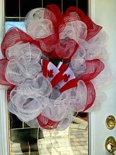 Deco mesh has fast become my most favourite crafting supply, seriously folks I have created wreaths for every season and holiday in a very short period of time, without spending a ton of money.Canada Day Wreath calls for red and white decomesh Canada Day 150, Happy Canada Day, Deco Wreaths, Holiday Wreaths, Holiday Decor, Canada Day Crafts, Canada Day Party, Canadian Things, Canada Holiday