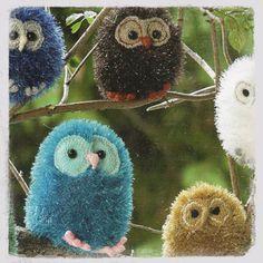 Tinsel Owls