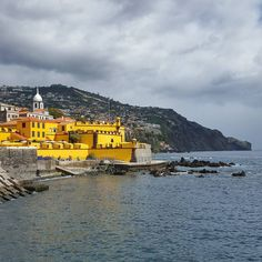 São Tiago Fort in Funchal Madeira #portugal #madeira #island #madeiratrip #funchal #marina #saotiagofort #saotiago #fort #yellow #seaside #coast #clouds #atlantic #ocean #water #galaxys6