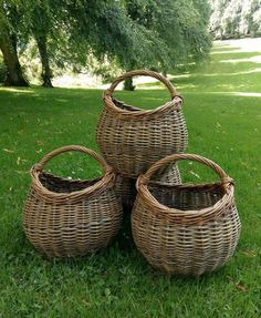 Forager's Baskets Willow Weaving, Basket Weaving, Baskets On Wall, Wicker Baskets, Basket Willow, Sisal, Square Baskets, Vintage Baskets, Sewing Baskets