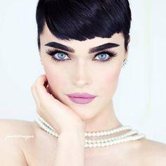 "2,142 отметок «Нравится», 15 комментариев — Top That Pose (@topthatpose) в Instagram: «#wcw goes to every lady reading this, Audrey Hepburn said it best; ""I believe in pink. I believe…»"