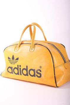 68e55668cb Adidas Vinyl in mustard Nicest retro sports bag ever! Trefoil Vintage  Tennis