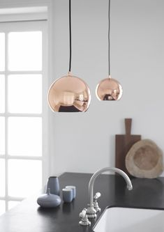 Decor inspiration: pendant lighting and chandeliers gallery - Our pick of the best lights out now, from high-shine copper to shapes inspired by cocktail hour. Frandsen 'Ball' pendant lamp in Copper Copper Lighting, Modern Lighting, Pendant Lighting, Pendant Lamps, Pendants, Makeup Vanity Mirror With Lights, Suspension Design, Vanity Decor, Ball Lights