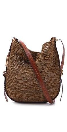 Michael Kors Santorini Cross Body Bag Diese und weitere Taschen auf www.designertaschen-shops.de entdecken