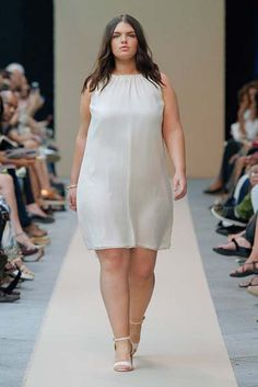 Plus Size Clothing Boutiques Online - June 29 2019 at Cheap Plus Size Clothing, Clothing Size Chart, Look Plus Size, Plus Size Women, Plus Size Party Dresses, Plus Size Outfits, Curvy Girl Fashion, Plus Size Fashion, Chic Outfits