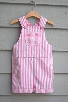 Adorable 'free' pattern. Overalls - Adaptation for Girls. Thanks for the free pattern to an adorable pair of overalls! Pattern from: ikatbag.com: