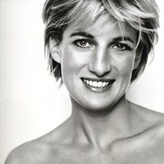 Princess Diana died 18 years ago today (31st August) #rip #princessdiana #princessdianaforever #royal #anniversary @princessdianapics #onthisday