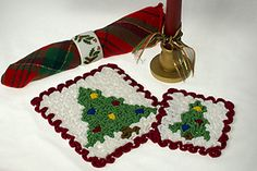 It's time to trim the tree with our wiggly crochet Christmas Tree hot pad and coaster. The hot pad is perfect for your Christmas meal hot dish while the coaster keeps surfaces unharmed from water rings. And they make great gifts, too! Crochet Christmas Decorations, Crochet Christmas Trees, Holiday Crochet, Christmas Crafts, Crochet Hot Pads, Cotton Crochet, Crochet Hook Sizes, Crochet Chart, Free Crochet