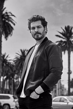 'The Protector' Star Cagatay Ulusoy on How Netflix Is Disrupting Turkish TV Turkish Men, Turkish Beauty, Turkish Actors, Handsome Celebrities, Handsome Actors, Just Beautiful Men, Hobbies For Men, The Protector, Actors Images