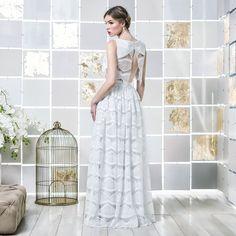 Gio Rodrigues Miriam Wedding Crop-top Skirt beautifull wedding crop-top guipur lace engaged inspiration unique gorgeous elegant bride