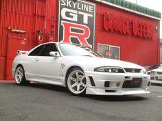 #Nissan R33