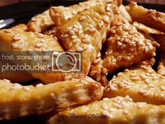 Biscuiti sarati cu unt | Bucatar Maniac Chicken Wings, Biscuit, Meat, Blog, Blogging, Crackers, Biscuits, Sponge Cake, Cake