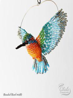 3D Beaded Bird, Kingfisher Suncatcher, Window Decor, Kingfisher Ornament, Bird Necklace, Car Charm, Bird Lover Gift, Bird Figure / BB086